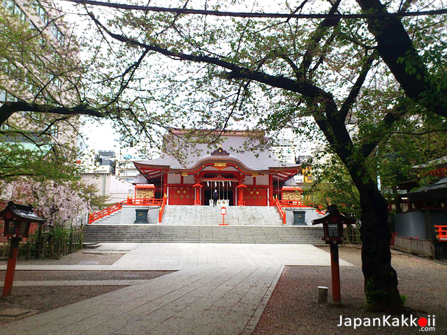 Hanazono-Shrine-3