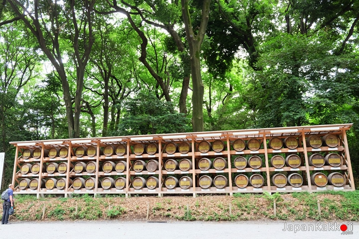 Meiji-Shrine-Wine-Barrels