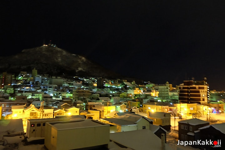 วิวภูเขาฮาโกดาเตะจากระเบียงโรงแรม