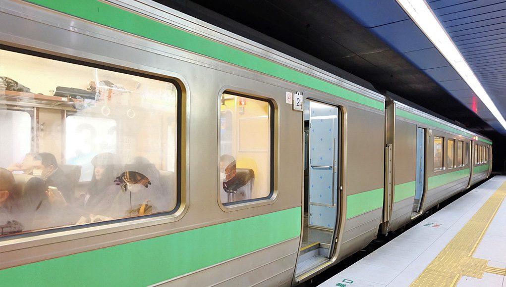 เข้าเมืองซัปโปโรด้วยรถไฟ JR