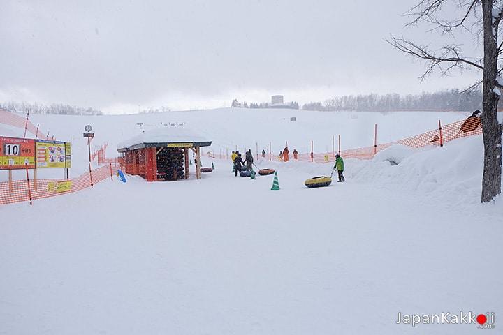 ลานเล่น Snow Tubing