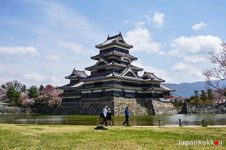 ปราสาทมัตสึโมโต้ (Matsumoto Castle)