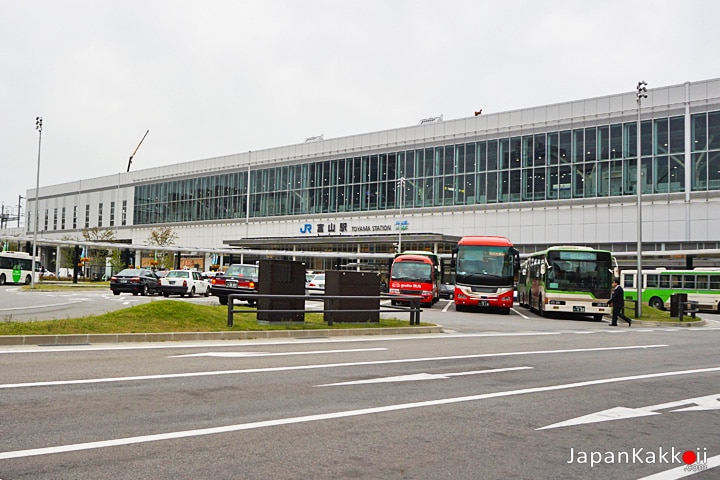 สถานี Toyama