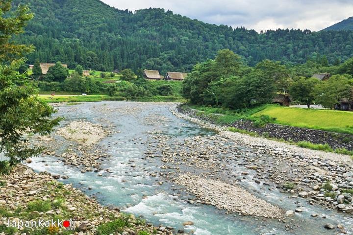แม่น้ำ Shogawa