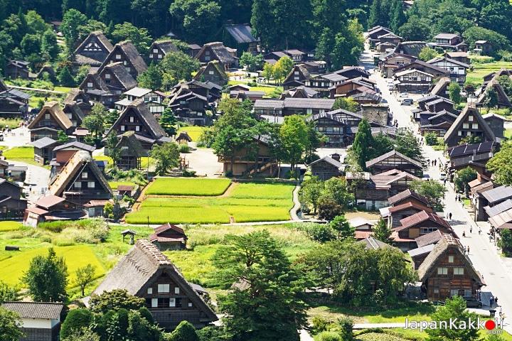 หมู่บ้านชิราคาวาโกะ (Shirakawa-go Village)
