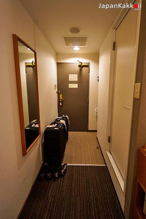 ทางเข้าห้องพัก