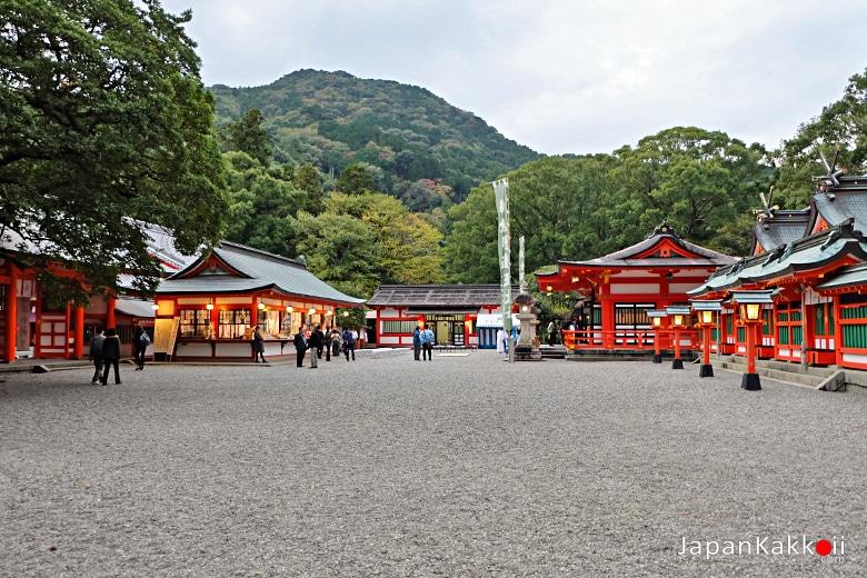 ศาลเจ้าคุมาโนะฮายาตามะ (Kumano Hayatama Taisha Shrine)