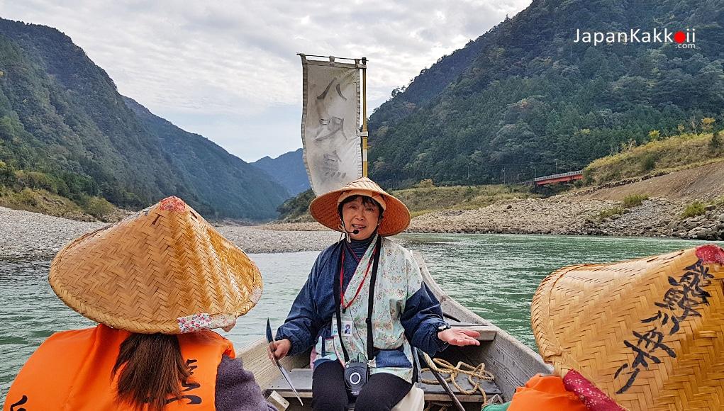 ทัวร์ล่องเรือแม่น้ำคุมาโนะ (Kumano-gawa Boat Tour)