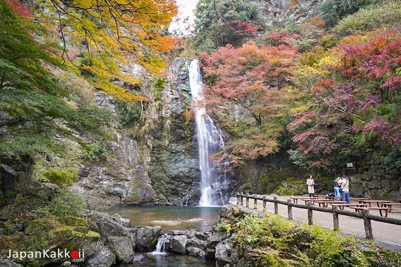 น้ำตกมิโน (Minoo Waterfall)