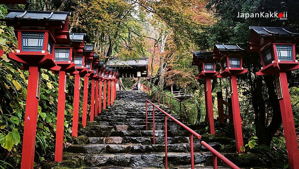 ศาลเจ้าคิฟุเนะ จินจะ (Kifune-jinja Shrine)