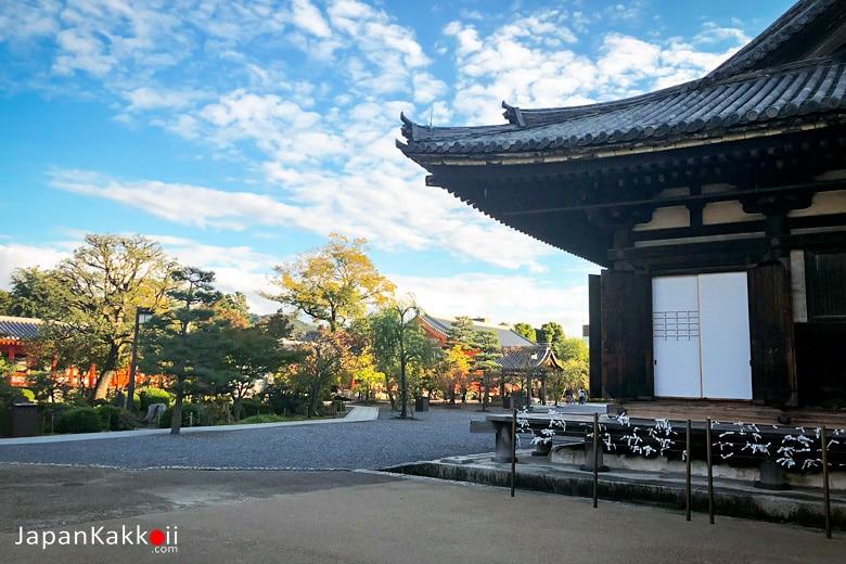วัดซันจูซันเก็นโด (Sanjusangendo Temple / 三十三間堂)