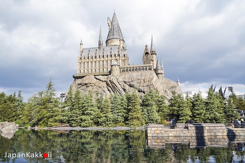 ปราสาท Hogwarts ที่ Universal Studios Japan