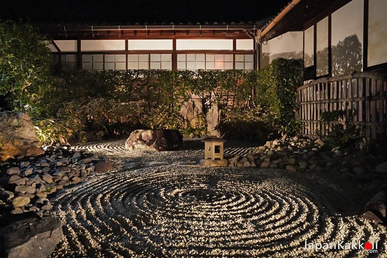 สวนหินสไตล์ญี่ปุ่น